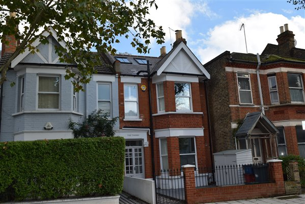 Loft conversion in Chiswick W4 5SD