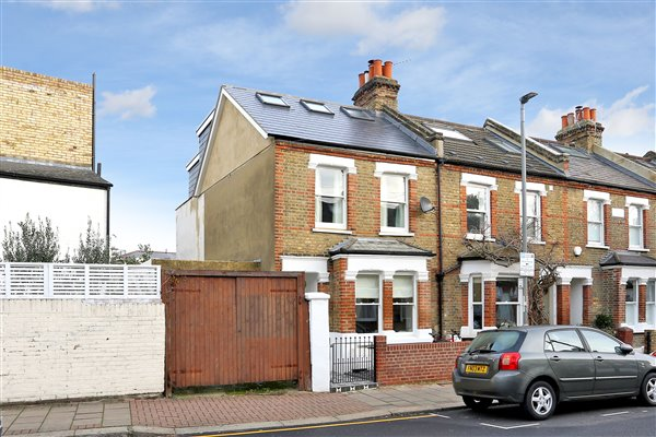Loft conversion in Southfields SW18 4BB
