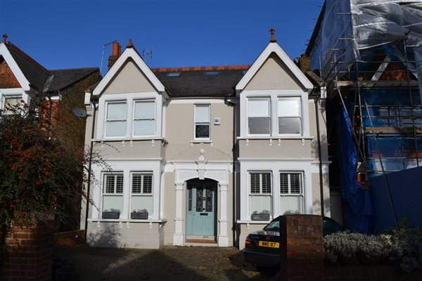 Loft Conversion in West Ealing W13 8LY