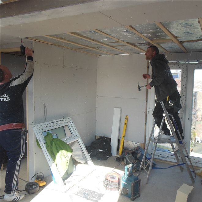 Plasterboarding the ceiling in loft conversion